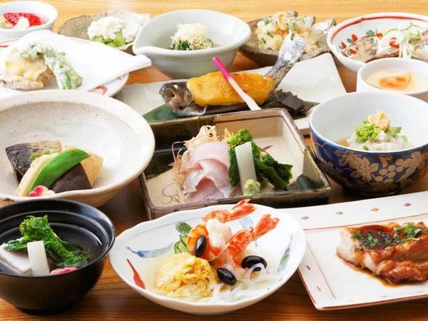 (WEB用画像)*夕食一例/クチコミ好評価☆川魚、肉、野菜と地元の食材中心の手作りの懐石料理をご用意致します。
