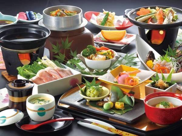 【料理一例】地場素材を活かした料理も肉・魚・野菜とバランスのとれた献立