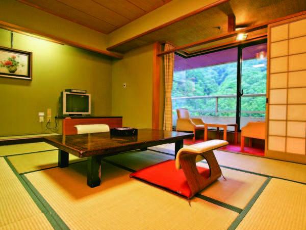 <客室/例>全室、窓から豊かな自然を望む和室を確約!
