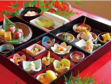 ◆お部屋食◆ディナーボックスをご用意♪