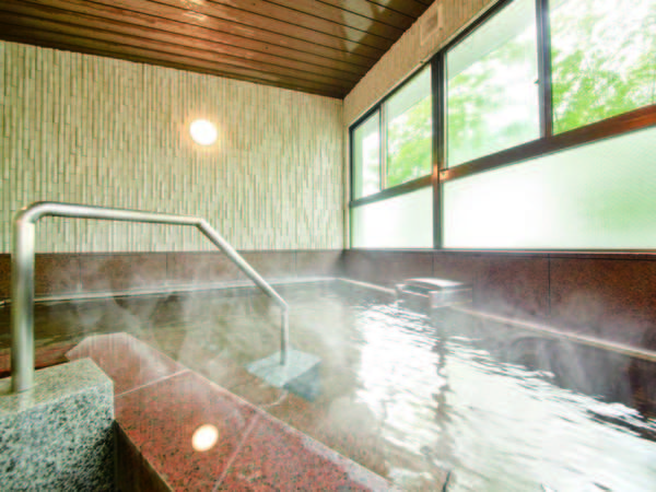 【大浴場】あたたかな湯に癒される