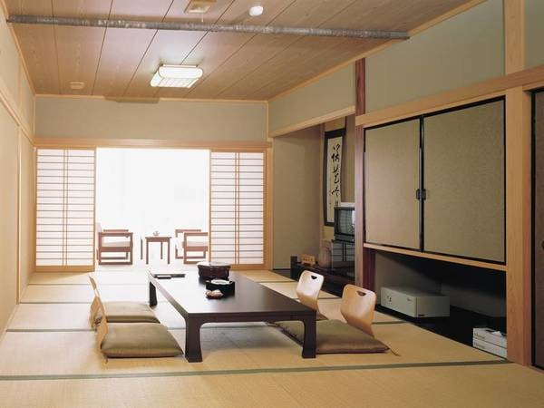 【緑水亭和室/例】10畳以上のバス付き和室でくつろぎのひと時を