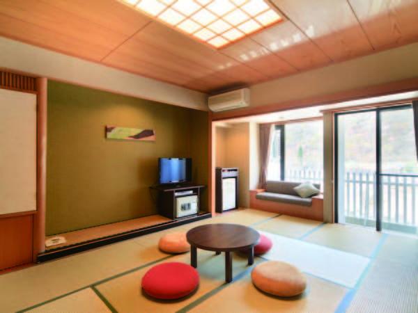 【客室】 12畳の広々とした快適なお部屋でのんびりと寛ぎたい/例