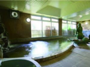 【室内風呂】柔らかな湯に癒される