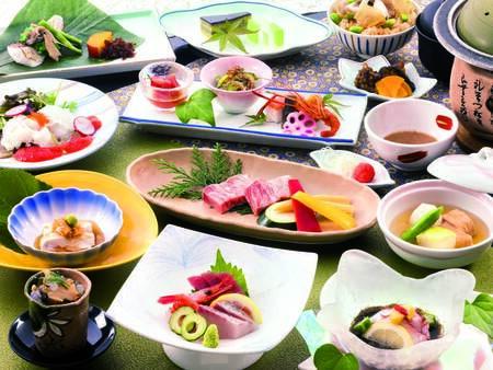 【部屋食膳/例】◆季節の味覚鍋◆日光湯波◆お造り盛り合わせ 等