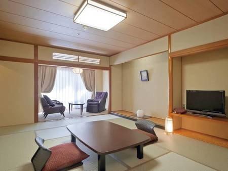 【秀峰館11階眺望和室(禁煙)/例】渓谷側に面した眺めの良い和室