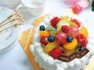 バースデイケーキ(5号/直径約15㎝)1台/写真は一例です