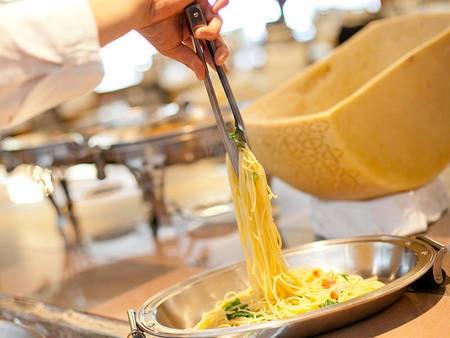 【フォレストヴィラ館/夕食一例】季節のパスタやピザ、ドリアなどの洋食が充実!