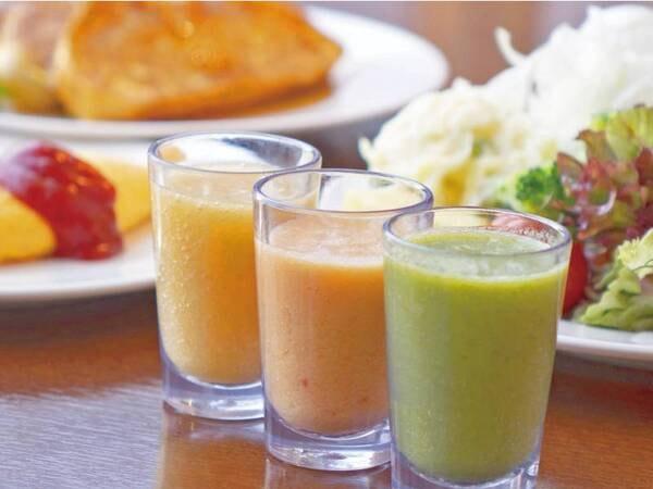 【バイキング会場/例】和洋中約50種の料理を楽しめるディナー