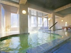 【大浴場】広々とした大浴場で体も心もリフレッシュ