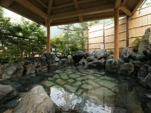 大浴場「百花の湯」露天風呂「姫の湯」