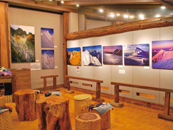 【谷川岳フォトギャラリー】四季折々、美しい谷川岳の写真が並ぶ