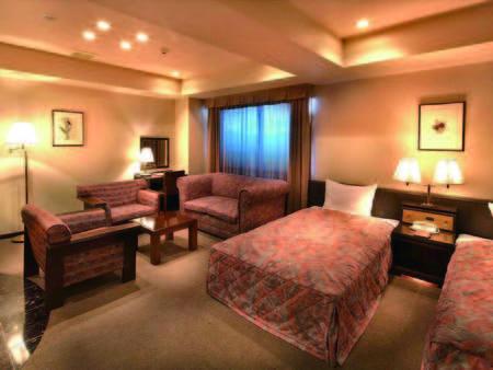 【81㎡和洋室/例】リビング+6畳和室+ツインベッドルームの広々空間