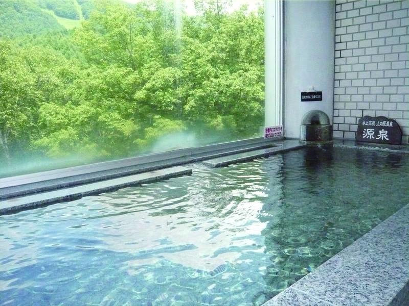 【大浴場】ph9.26!とろとろ美肌の湯を満喫