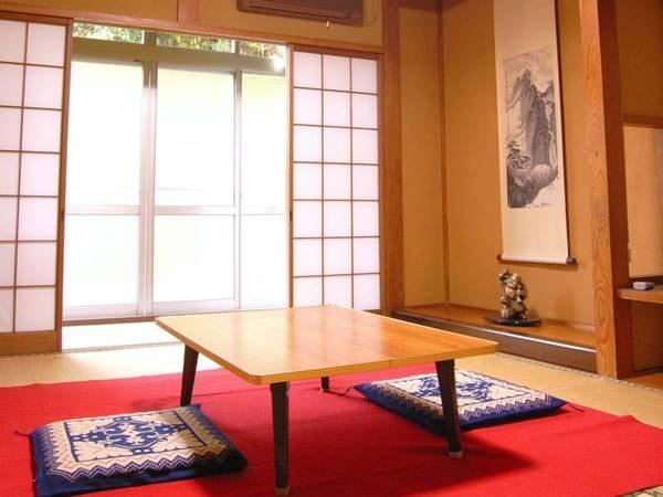 *【客室】お部屋は全て和室。お湯につかり何もしない贅沢、湯治の風情をぜひ愉しんでください。