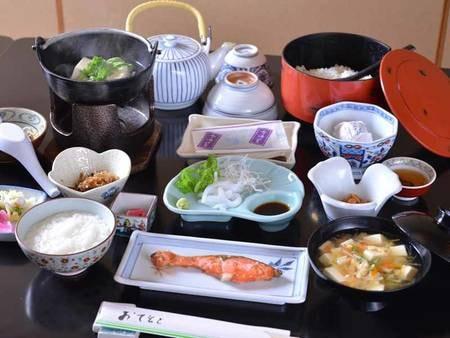 *ご朝食一例/一日の活力となる朝ごはんは質の良い食事から。