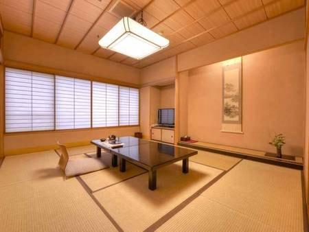 *お食事処/個室でゆっくり。石川県能登の食材を活かした懐石料理をご堪能下さい。
