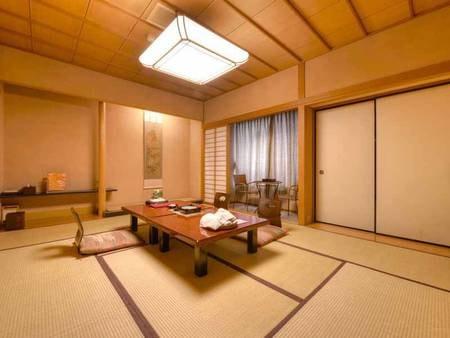 *和室10畳(客室一例)/純和風のしつらえが落ち着く和室のお部屋。団欒のひと時をお過ごし下さい。