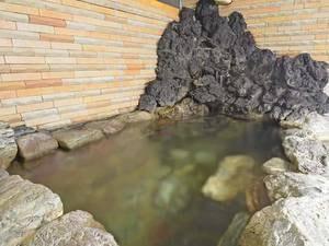 *【中浴場/温泉】冷泉を温めてご入浴頂いています。体が温まると好評です。