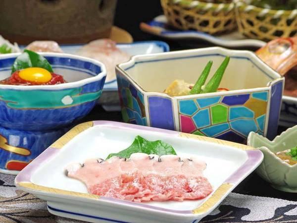 *旨い鯨料理ここにあり。能登は実は鯨が揚がります。一番旨い部分のベーコン。
