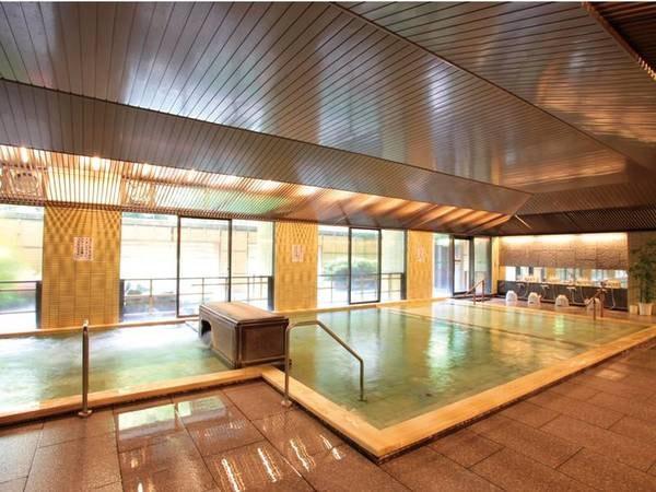 【みなかみホテルジュラク】【聚楽創業95周年】水上の自然を存分に味わえるリゾートホテル。全10種のお風呂で湯めぐりを。ライブ感あふれるブッフェで作りたてグルメを満喫!