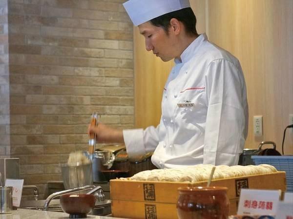 【朝食/例】地元の人気お蕎麦屋さんから仕入れてます