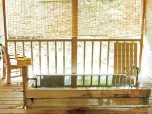 【貸切露天風呂/飛龍】川のせせらぎと檜の香