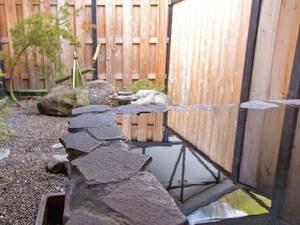 【貸切露天風呂/和龍】日本庭園風な空間