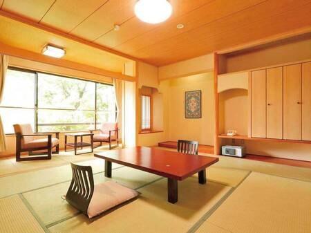 【和室10畳/例】リニューアル済みの清潔感あるお部屋