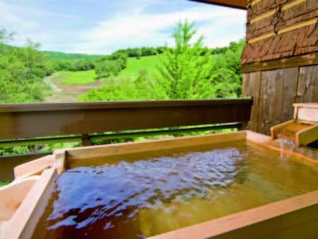 【露天風呂付客室/例】部屋に露天風呂があるので完全にプライベートな時間をお約束