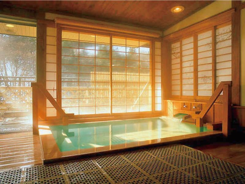 【白寿の湯】全4か所。それぞれ露天と内湯がある有料貸切風呂