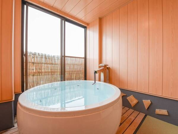 もちろんお部屋のお湯は完全掛け流しの100%天然温泉!