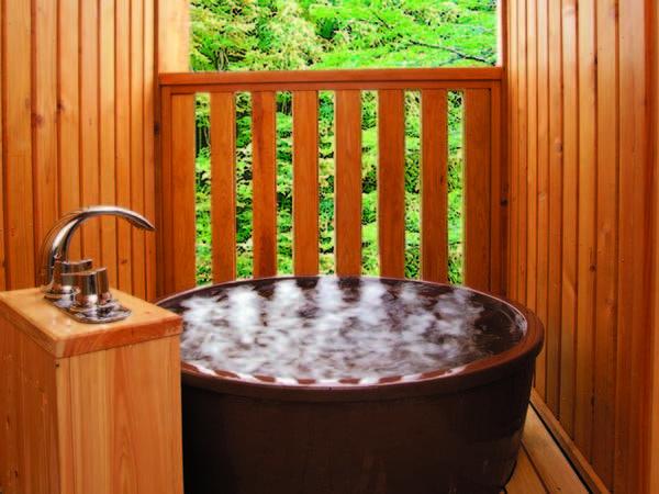 【本館露天風呂付客室/例】お部屋のお風呂は温泉ではありません