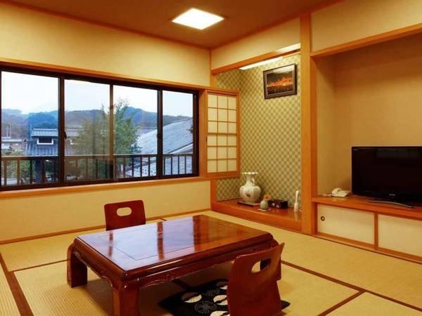 【10畳和室/例】柔らかい雰囲気のお部屋。ファミリーにもおすすめです