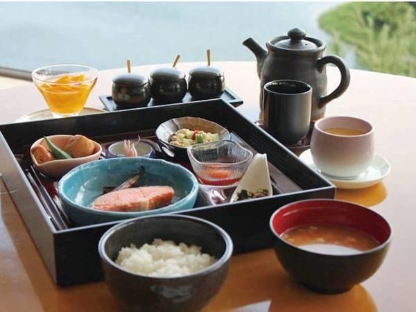 【朝食/例】多摩湖を望むレストランにて和定食をご用意