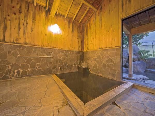 【由布院温泉 御宿 なか屋】全室から由布岳の眺望が楽しめる宿