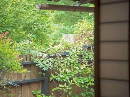 【母屋軒続き離れ 柊の間】露天・岩盤浴/一例