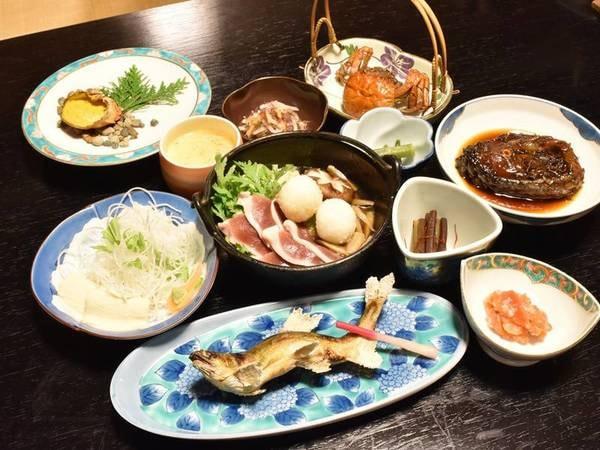 *【夕食一例】秋田名物だまこは、鴨の肉汁と相性抜群です。