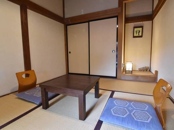 *【6畳/客室一例】コンパクトな造りなので、一人旅にもおすすめ。
