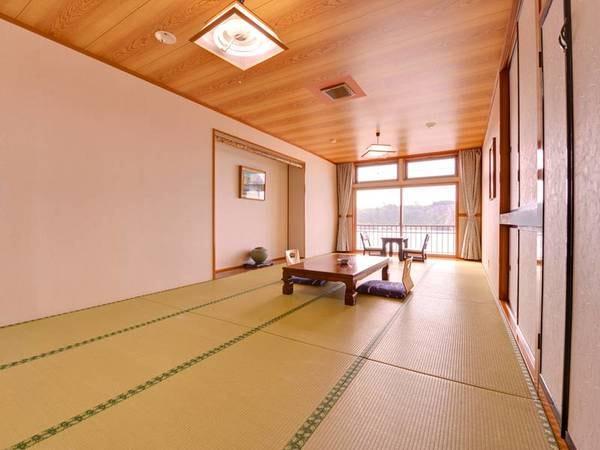 *和室(絶景展望15畳)日本海・館山崎を望む絶景客室。