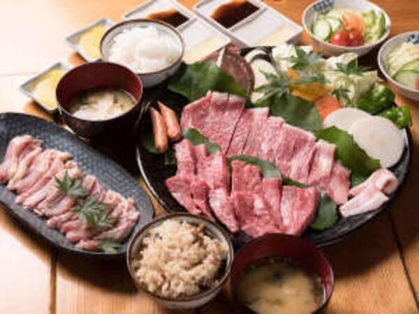 『海鮮炭火焼』or『地鶏&和牛炭火焼』/一例