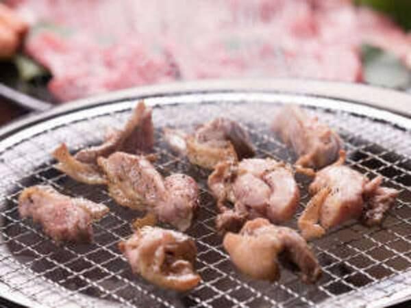 【平日限定】地鶏&黒毛和牛炭火焼き/一例