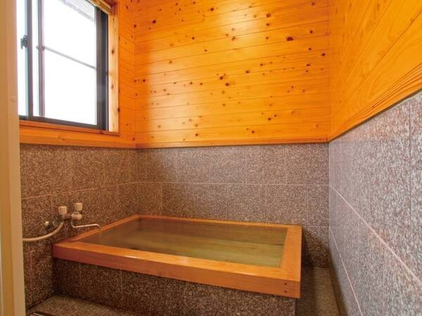 【貸別荘/あっちのへや、こっちのへや/客室風呂/一例】