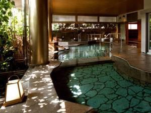 大浴場「悠幻の湯殿」露天石風呂