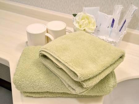 *客室アメニティ/清潔にしつらえたふかふかのバスタオル。
