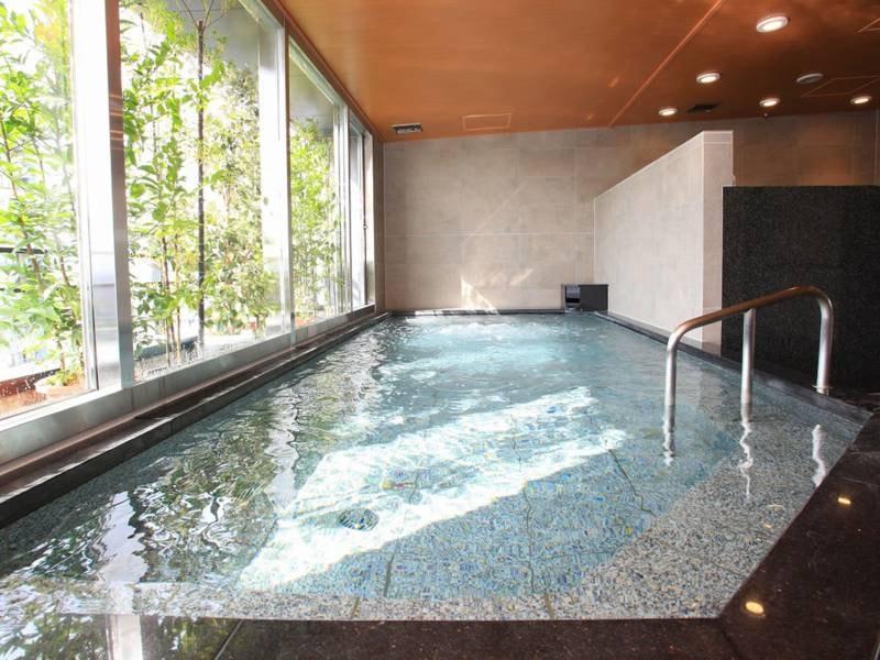 大浴場/足を伸ばしてゆったりと寛げる