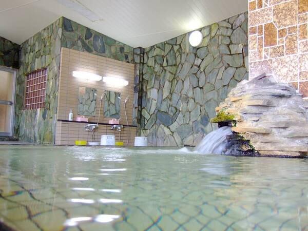 【新清館】お食事は【お部屋食】24時間入浴可能な天然温泉とおもてなしが自慢