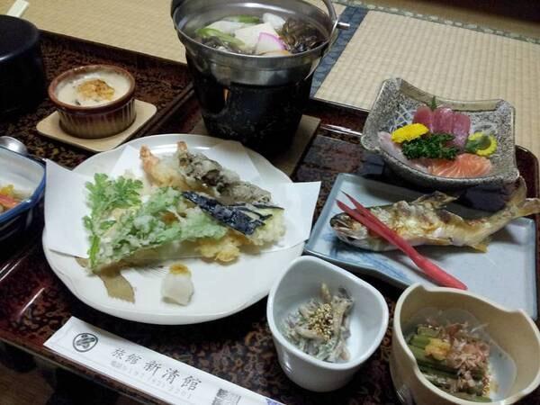 *【夕食例】四季折々で変わる自然の恵みに舌鼓…