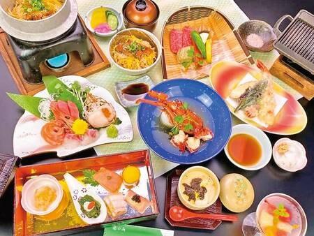 【豪華グルメコースの夕食/例】キャビア・フォアグラ・トリュフの世界3大珍味に伊勢海老も付いた贅沢な内容!個室会場で味わう豪華会席。