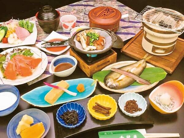 【豪華グルメコースの朝食/例】朝食も豪華!